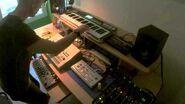 Paolo (paolo sapia) - Live Techno TB-303 TR-909 + Synth.
