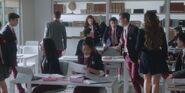 Las Encinas classroom S01E01