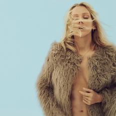 Ellie-Goulding-Delirium Photoshoot 4.png