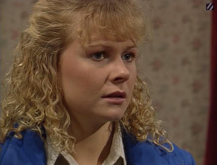 Episode 1443 (5th April 1990)