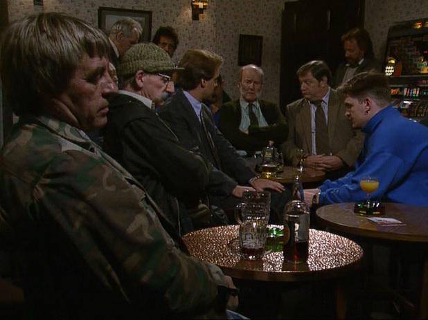 Episode 1503 (6th November 1990)