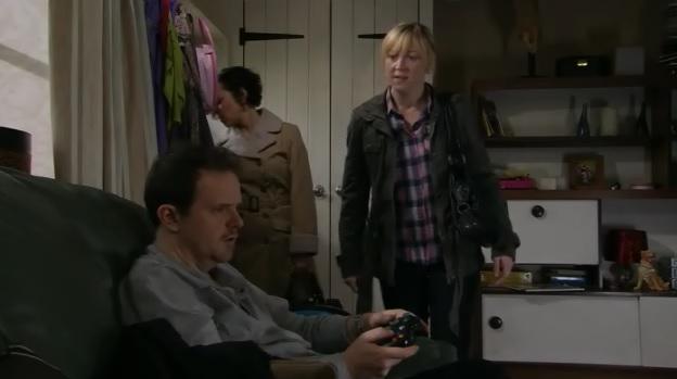 Episode 6221 (25th April 2012)
