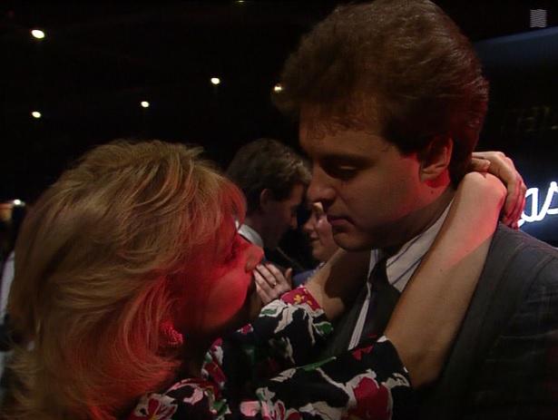 Episode 1445 (12th April 1990)