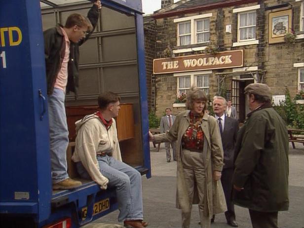 Episode 1493 (2nd October 1990)