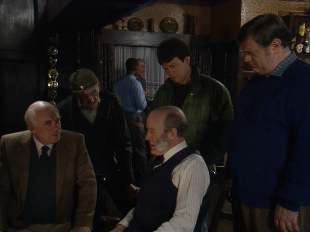 Episode 1514 (13th December 1990)
