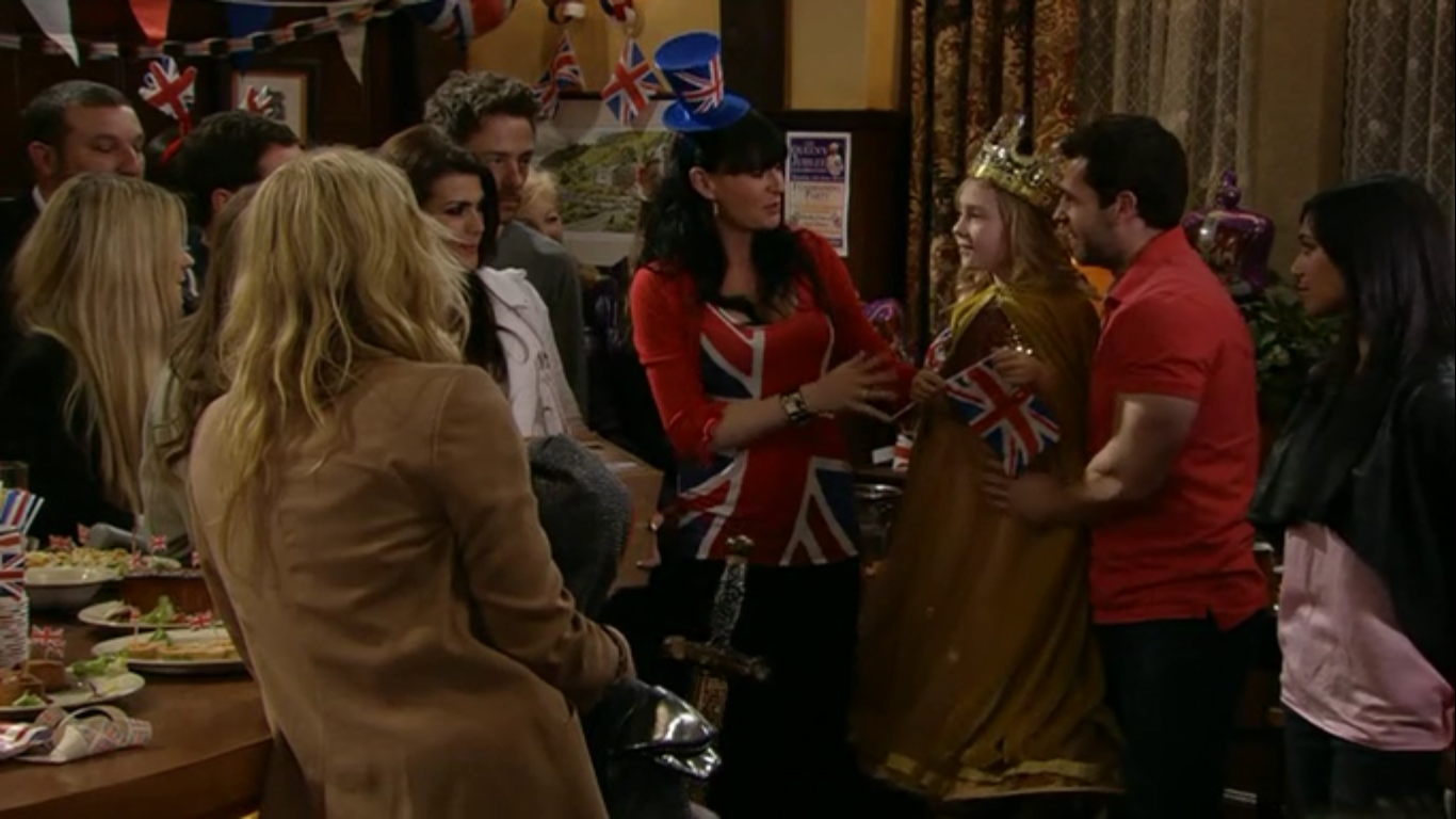 Episode 6255 (4th June 2012)