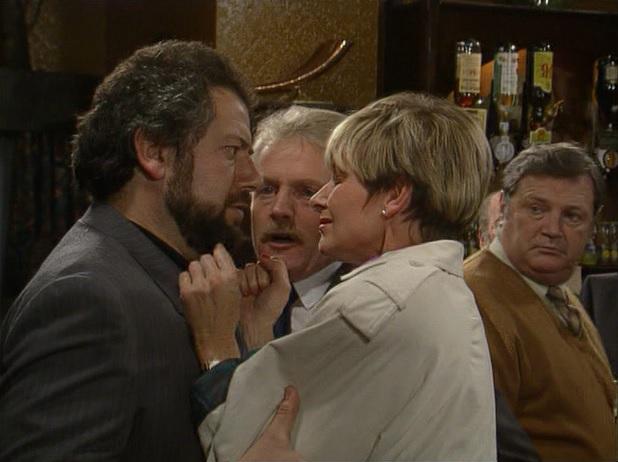 Episode 1509 (27th November 1990)