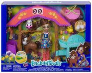 Doll stockphotography - Barnyard Nursery box stockphoto