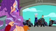Leela and the Genestalk (80)
