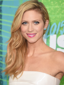 Brittany Snow.PNG