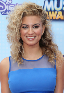 Tori Kelly.PNG