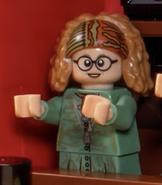 Sybill Trelawney Cameo