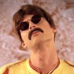 Pete as Lennon.png