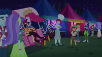 Sunset crashes into Pinkie and churro stand EGSBP