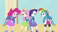 Girls dancing 3