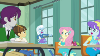 Trixie accuses Fluttershy of cheating EGDS10