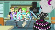 EG BT3 Rainbow dochodzi do klubu szachowego
