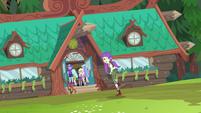 Starlight retreating to the camp mess hall EG4