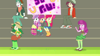 Crusaders and Cheerilee cheer for Rainbow CYOE17c
