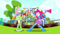 Pinkie Pie and CHS students very excited SS4