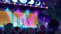 Dazzlings sing to a cheering crowd EGDS48