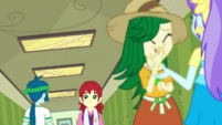Students in the Canterlot High hallway EGDS42