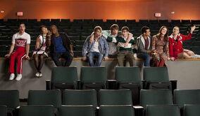 Glee-feud6 (1).jpg