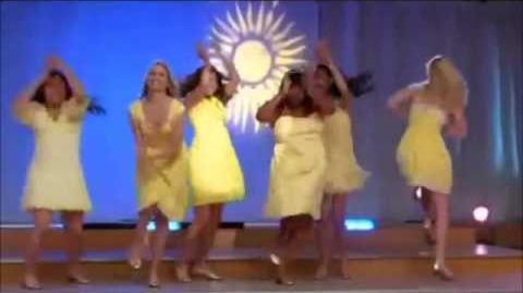 Glee - Halo - walking on sunshine full performance-1