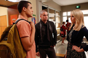 4x08 Jake, Puck & Quinn Thanksgiving.jpg