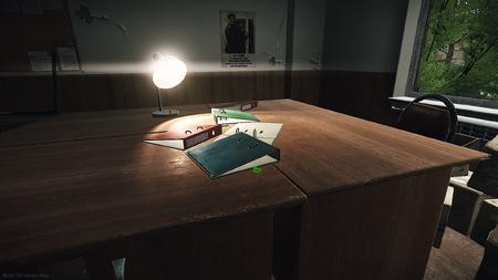 Ключ на столе