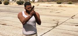 Franklin con pistola de cerámica GTA V