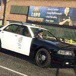 Coche de policía Stainer GTAO RGSC 2019.jpg