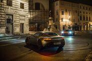 Spectre Aston Martin DB10 Atrás