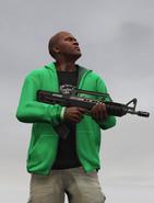 Franklin con un fusil bullpup