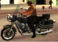 Un policía en moto en GTA: Vice City Stories