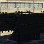 Vista cercana de la batería de misiles remota en el Pounder personalizado.png