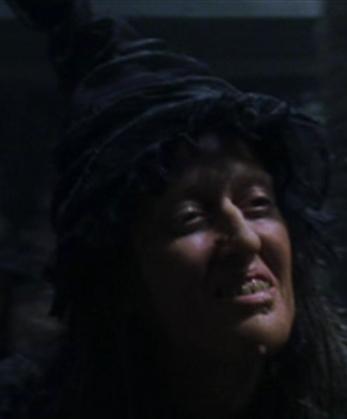 Bruja en el Callejón Knockturn