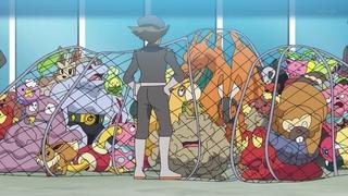 EP1113 Team Rocket roba varios Pokémon 2.jpg