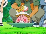 EP531 Brock lavando a Happiny