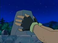 EP525 Ash coloca la última piedra del monumento