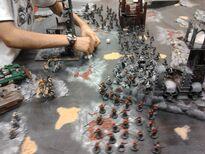 Ismael y sus catachanes juegan contra Vast-Lord