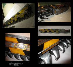 Cosplay espada sierra