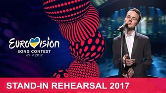 Salvador_Sobral_-_Amar_Pelos_Dois_(Portugal)_Eurovision_Stand-in_Rehearsal_2017