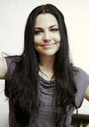 Amy-lee-awsome-evanescence-31306374-451-640