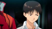 Shinji junto a Misato (Rebuild).png