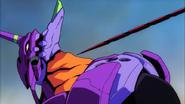 The End of Evangelion EVA 01 y la lanza de Longinus