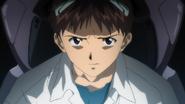 Shinji antes del combate (Rebuild)