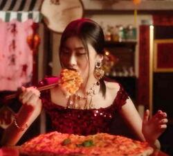 Chopsticks pizza2