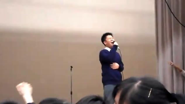 學生翻唱義海豪情走音事件