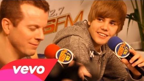 Justin Bieber - Love Me